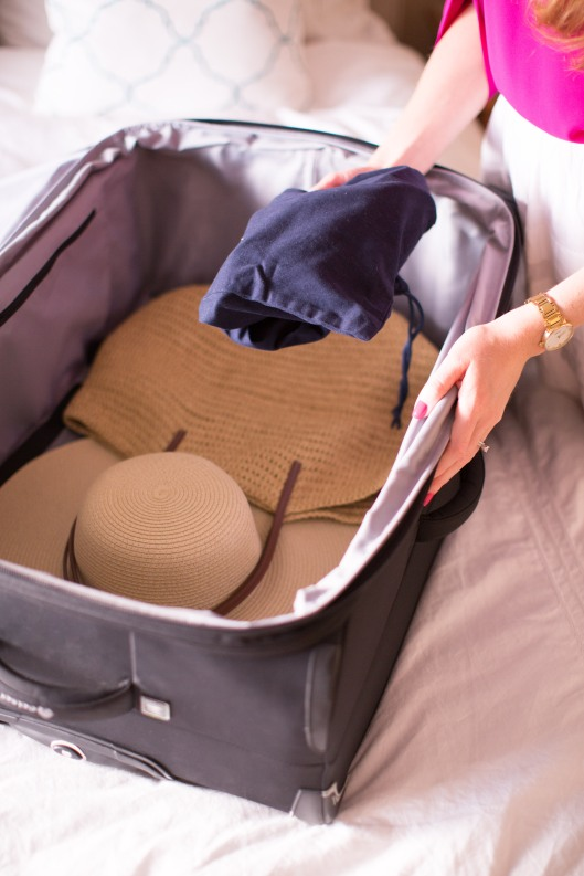 fashion blogger packing tips summer vacation