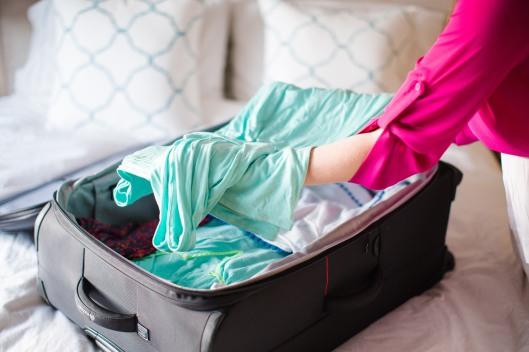 fashion blogger packing tips summer vacation